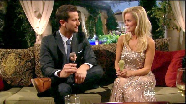 The Bachelorette – Season 8, Episode 1