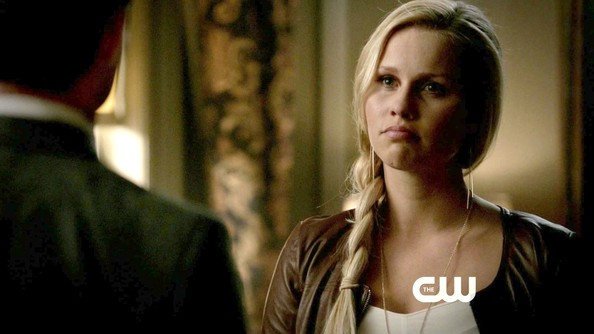 Claire Holt Pictures - The Vampire Diaries Season 4 ...