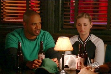 Elisha Cuthbert Happy Endings Season 3 Episode 10