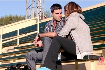 Jennifer Love Hewitt Colin Egglesfield The Client List Season 2 Episode 1