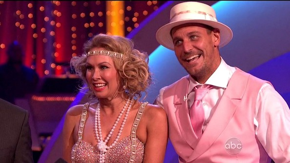 Dancing with the Stars – Season 16, Episode 17 []