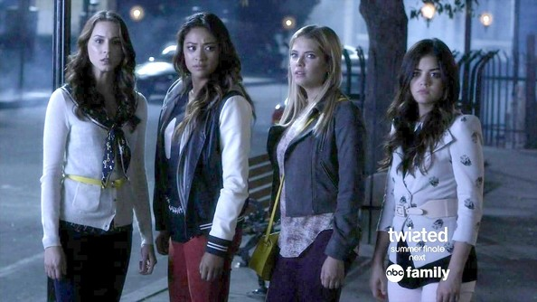 Lucy Hale and Ashley Benson - Pretty Little Liars Season 4 Episode 12
