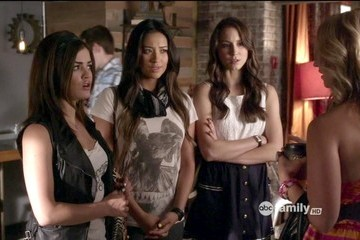 Lucy Hale Shay Mitchell Pretty Little Liars Season 3 Episode 7