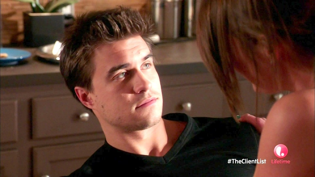 rob mayes height